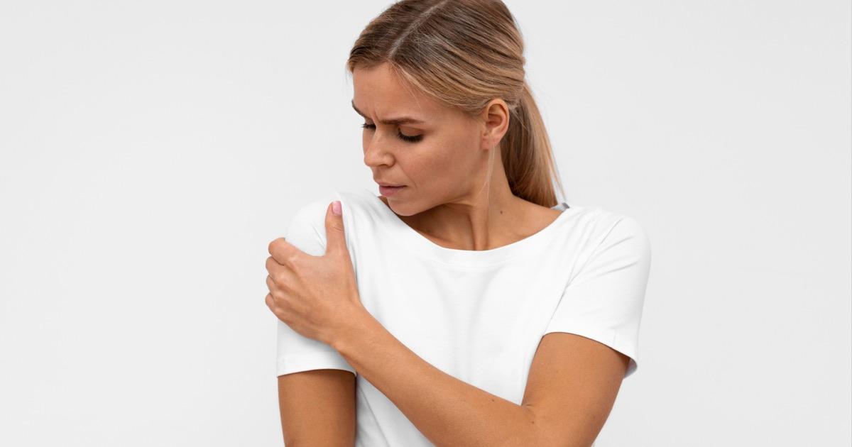 Pijn aan de schouder foto, slijmbeursontsteking of frozen shoulder